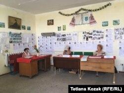 Комісія на дільниці у Верхній Вільховій