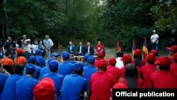 Armenia - Prime Minister Hovik Abrahamian visits a pro-government youth camp, Tsaghkadzor, 17Aug2015.
