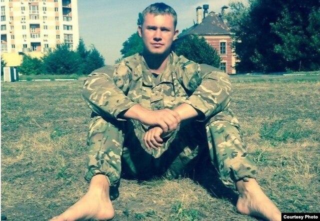 Илья Богданов – боец добровольческого батальона