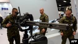 На международнои выставкe военной промышленности в Кельце, Польша. Сентябрь 2014