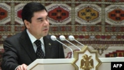 Президент Туркменистана Гурбангулы Бердымухамедов. Ашгабат, 25 октября 2011 года.