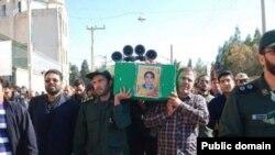 مراسم تشییع کشته شدگان در کاشان (عکس از محمد ملک آبادی)