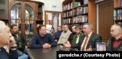"""Группа """"Стоп-ЦБК"""" на встрече с чиновниками"""