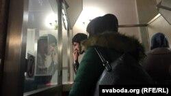 Чачэнцы на пашпартным кантролі берасьцейскага вакзалу
