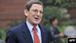Специальный посланник США Марк Гроссман