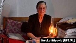 Baka Anđa bez struje 70 godina