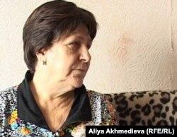 Жительница Талдыкоргана Надежда Шабалина. Талдыкорган, 2 декабря 2011 года.