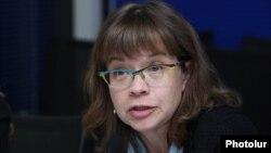 Руководитель ереванского офиса ВБ Лора Бейли (архивная фотография)