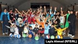 في المدرسة المتخصصة بكرة السلة