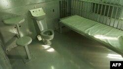 Камера внутри «Дома смерти», расположенного в главном тюремном комплексе примерно в 128 км к юго-востоку от Финикса, штат Аризона. Сюда переводят осужденных за 24 часа до казни.