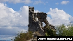 В тени древности. История крымской крепости Мангуп-Кале (фотогалерея)