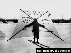 "A demonstration of a ""ski sail"" on the frozen Neva River around 1910."