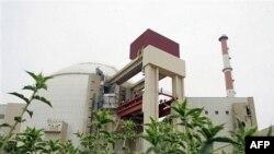 نیروگاه بوشهر به رغم گذشت ۳۰سال از آغاز ساخت آن هنوز به بهره برداری نرسیده است.