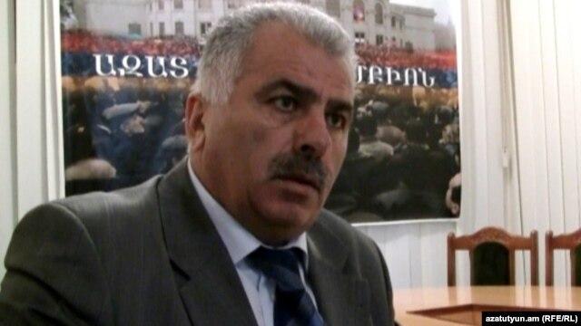 Armenia -- Petros Makeyan, leader of the Democratic Fatherland party, Yerevan, 05Apr2011