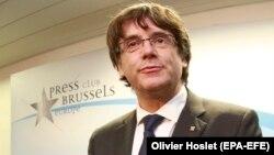 Карлес Пучдемон на пресс-конференции в Брюсселе