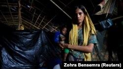 Мусульмани-рохінджа в таборі для біженців у Бангладеш, 20 жовтня 2017 року