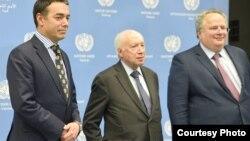 Средба на шефовите на дипломатиите на Македонија и на Грција, Никола Димитров и Никос Коѕијас со медијаторот на Обединетите нации Метју Нимиц во Виена на 25.04.2018