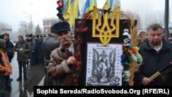 Украинцы отмечают 80-ю годовщину Голодомора. Киев, 23 ноября 2013 года.
