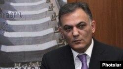 Министр транспорта и связи Армении Гагик Бегларян (архив)