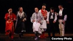 Татарската претстава Последните Македонци.