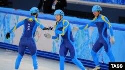 Участники сборной Казахстана по шорт-треку.