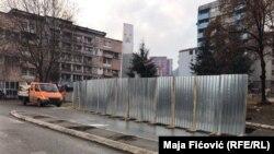 Počele pripreme za rušenje zida