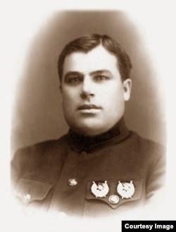 Николай Иосифович Антонов-Грицюк, 1925 год
