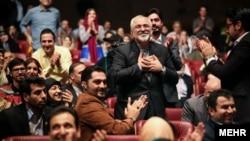 محمدجواد ظریف در کنسرت خانواده کامکار