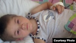 Böwrek transplantasiýasyna garaşýan ukrainaly Wolodymyr Lekhno.