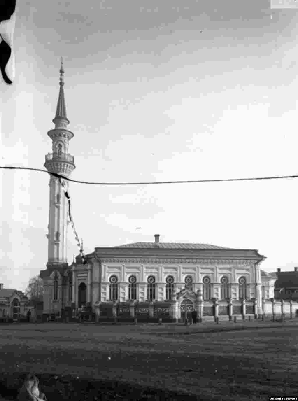 Әҗем мәчете, 1894