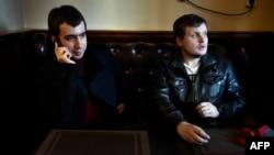 "Ruski komičari Vladimir ""Vovan"" Kuznjecov (lijevo) i Aleksej ""Lexus"" Stoljarov"