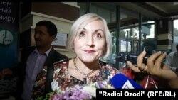 Одна из российских учителей, прибывших в Таджикистан