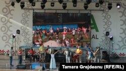 Primul Festival etno-balcanic din R, Moldova
