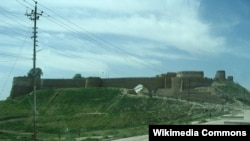 قلعة تلعفر وسورها التاريخيان