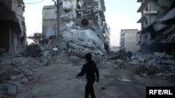 در اثر حملههای هوایی نیروهای حکومتی سوریه و متحدش (روسیه) در منطقه ایدلیب، ۱۴ غیرنظامی کشته شدند