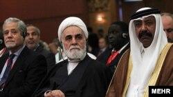علیاکبر ناطق نوری (وسط) در هفتمین اجلاس بینالمجالس اسلامی- اندونزی، ۱۰ بهمنماه
