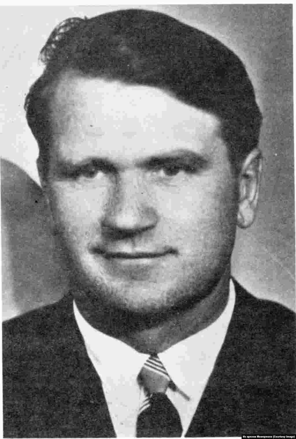 """АнтанасТерляцкас (род.1928) - участник литовской подпольной группы """"Национальный фронт"""", политзаключенный с 1957 по 1960, второй раз по политическому обвинению в лагере и ссылке с 1979 по 1986."""