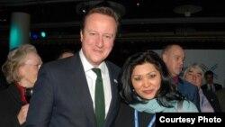 Британ премьери Дэвид Кэмерон жана Шахсанем Сартова-Мүррей.