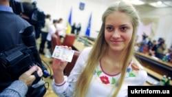 А ва Ўкраіне ID-пашпарты ўжо выдаюць