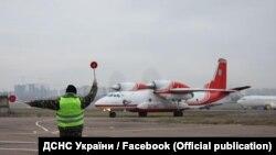 Рятувальники виїзжали на місце катастрофи українського літака