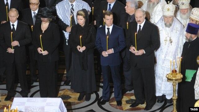 Путины на похоронах патриарха Алексия II
