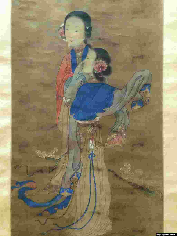 Портрет двух дам. Свиток по шёлку. Эпоха Мин. Китай, 16-й век. Это один из самых старинных свитков в коллекции музея имени Кастеева.