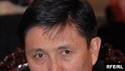 """Марат Кайыпов, мурдагы юстиция министри, """"Бүтүн Кыргызстан"""" партиясынын мүчөсү."""