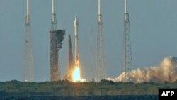 Старт космічного корабля Osiris-Rex з мису Канаверал, Флорида, США
