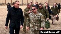 АКШнын коргоо министринин милдетин аткаруучу Патрик Шанахан Кабулд. 11-февраль, 2019-жыл.