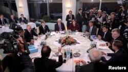 Takimi i udhëheqësve të Gjermanisë, Francës dhe Rusisë