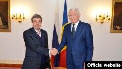 Ambasadorul Rusiei la București, Valeri Kuzmin cu ministrul de externe Teodor Meleșcanu