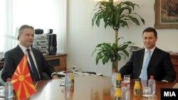 Средба на претседателите на ВМРО-ДПМНЕ и СДСМ, Никола Груевски и Бранко Црвенковски.