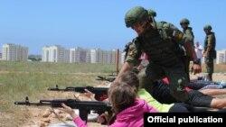 У Севастополі провели військово-спортивну гру для дітей із Росії