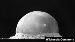 Первое испытание атомной бомбы. 16 июля 1945 года